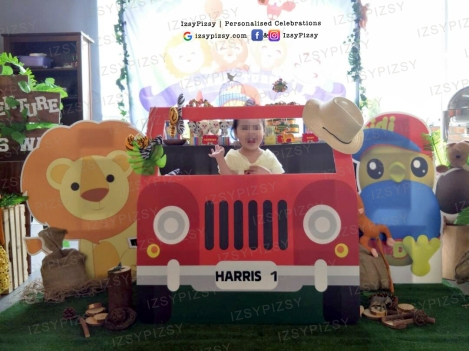 red car safari jeep standee jungle animal birthday theme party props rental supply cut out lion didi